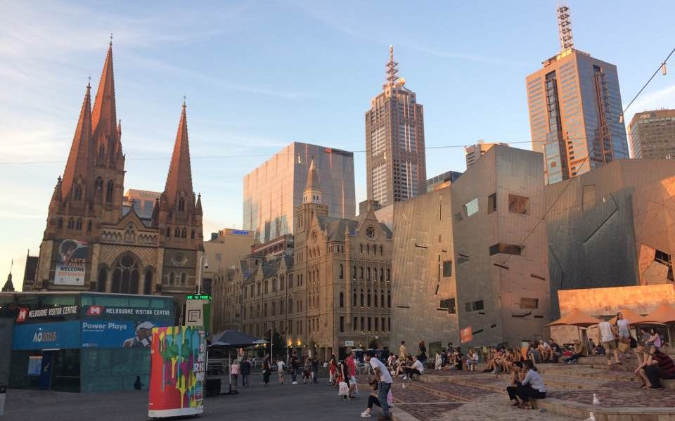 cropped-melbourne-federation-square2.jpg